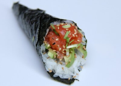 Spicy Salmon Handroll